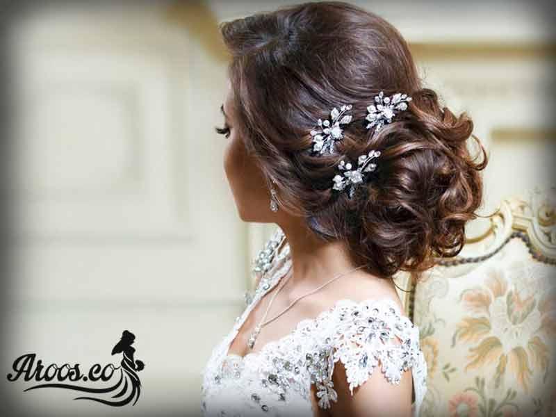 نحوه گذاشتن تاج عروس
