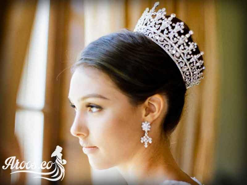 تاج عروس ریسه ای گل رز با مروارید و سنگ اتریشی