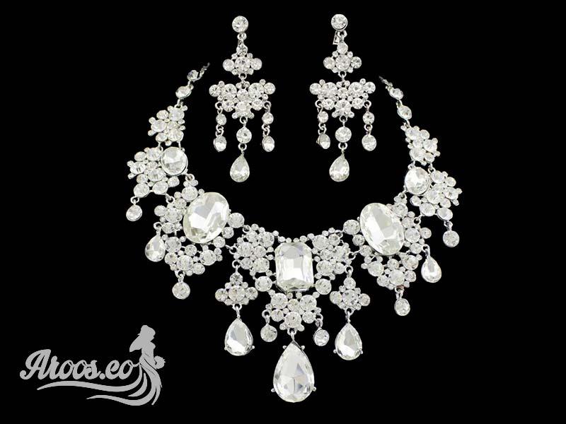 [تصویر:  bride-jewelry-15.jpg]
