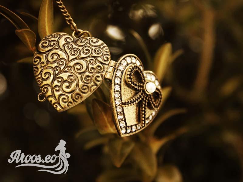 گردنبند زنانه و زنجیر طلا زنانه