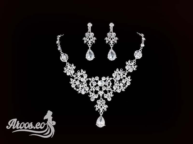 [تصویر:  bride-jewelry-84.jpg]