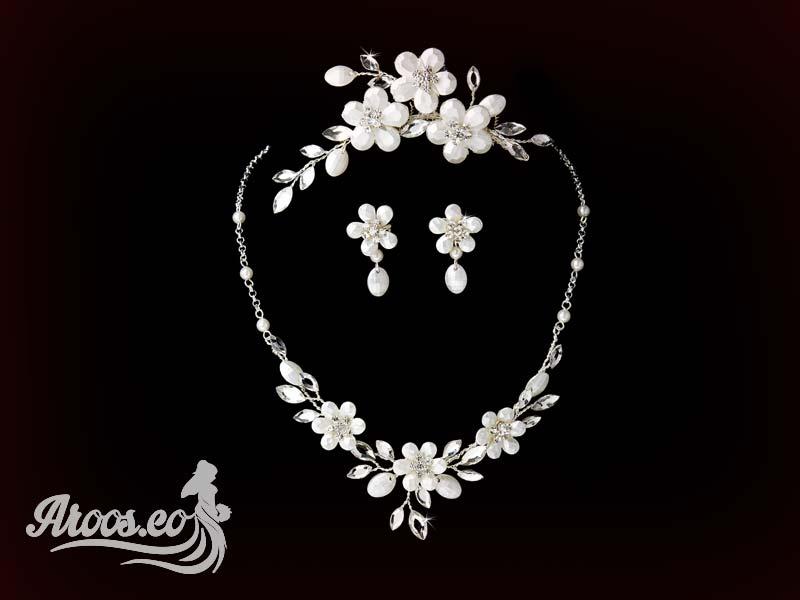 [تصویر:  bride-jewelry-91.jpg]