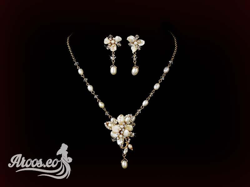 [تصویر:  bride-jewelry-93.jpg]