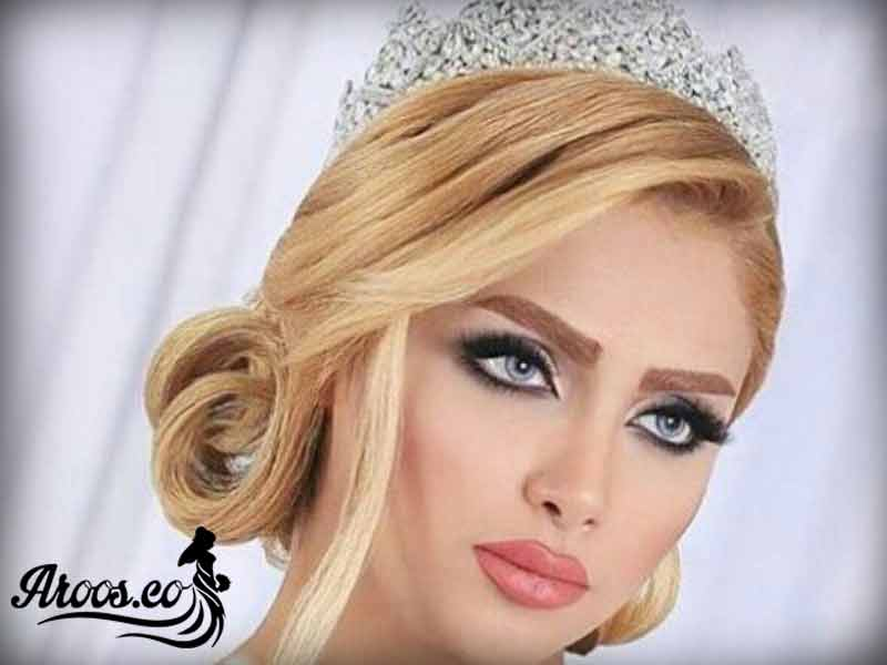 مدل آرایش با اکسسوری مو