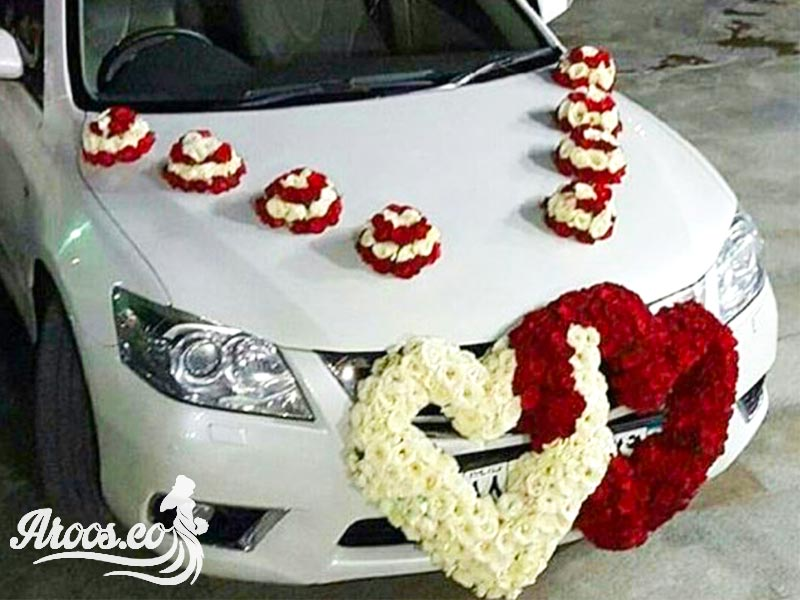 ماشین عروس سفید رنگ