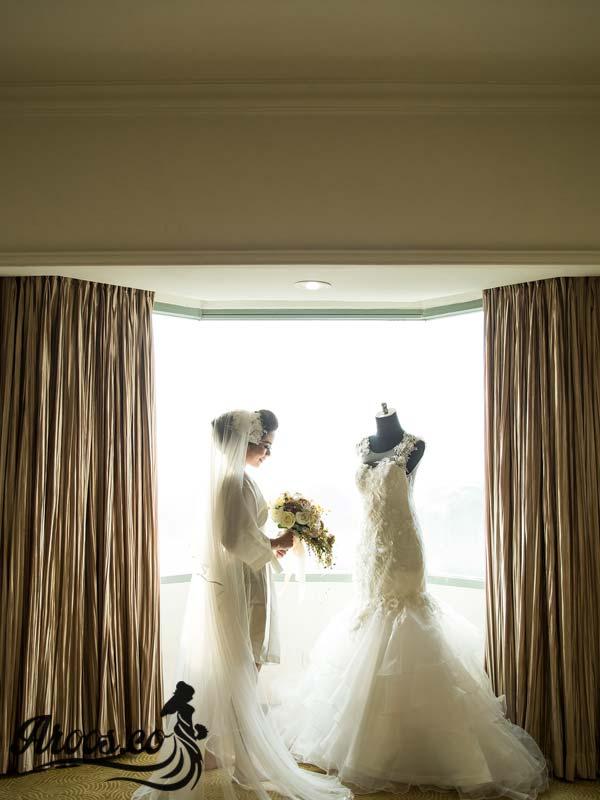 لباس عروس با تور دانتل بسیار شیک