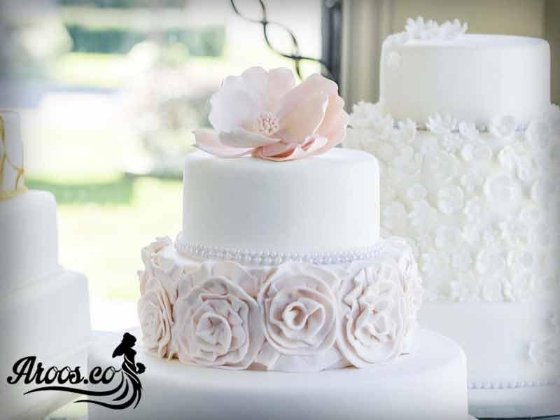 کیک عروسی رمانتیک و زیبا