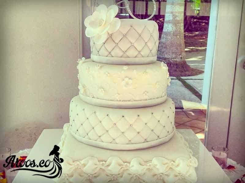 کیک عروسی متفاوت