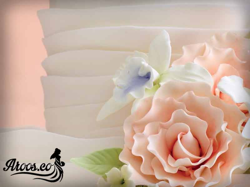 کیک عروسی لاکچری