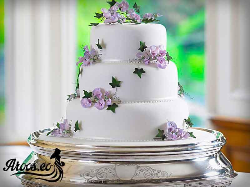 کیک عروسی ساده سفید