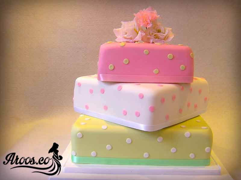 کیک نامزدی با رنگ های مختلف