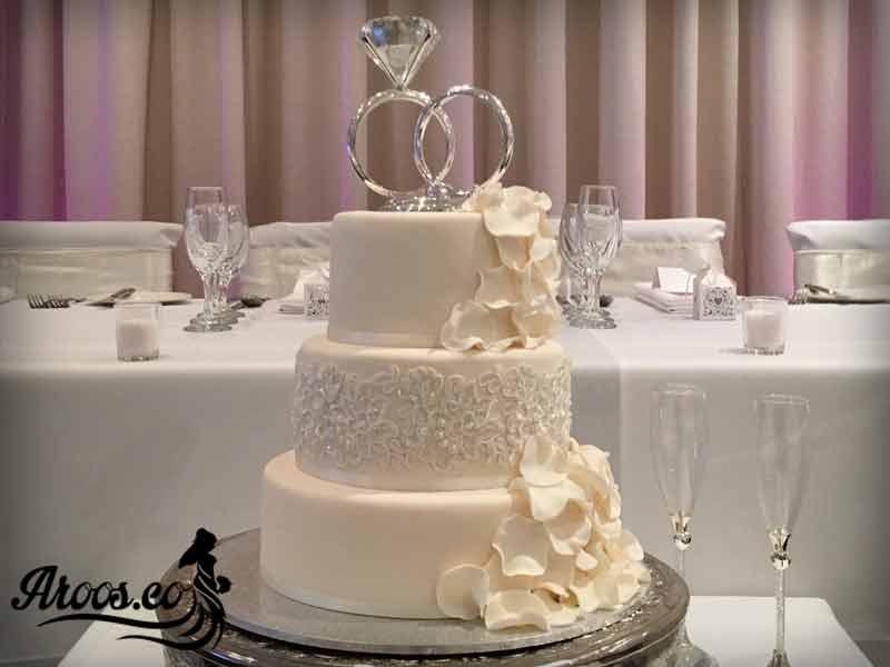 کیک عروسی با روکش خامه زیبا