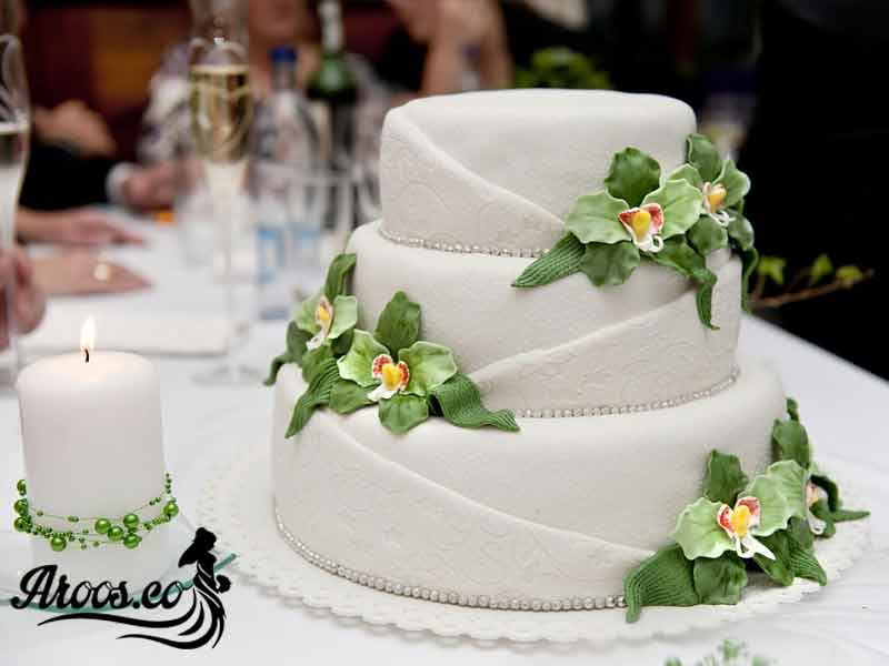 کیک تاج طبقه ای