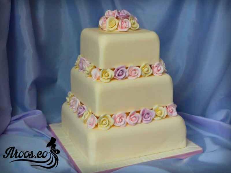کیک عروسی چند طبقه ای