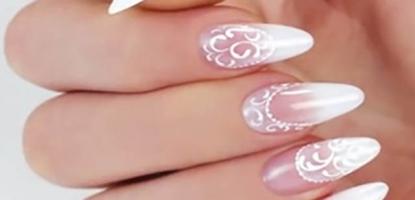 baby-boomer-nail-design